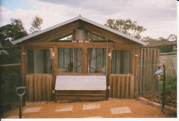 custom built hen house by Yummy Gardens