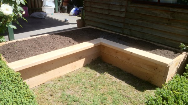 L-shaped vegetable bed by Yummy Gardens Melbourne