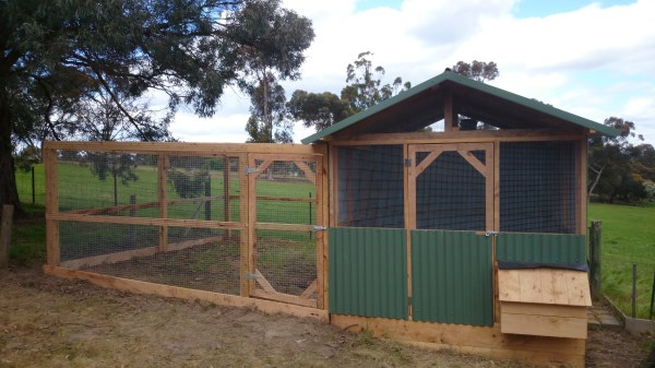 Colourbond pitched roof chicken house with side run by Yummy Gardens Melbourne