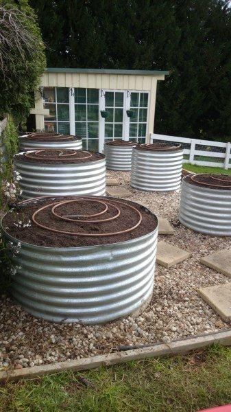 Earth ring veggie garden by Yummy Gardens Melbourne