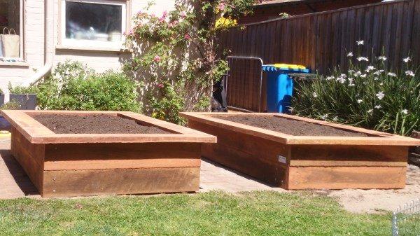 Ironbark veggie beds by Yummy Gardens Melbourne