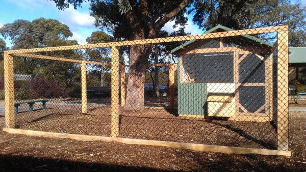 primary school chook house by Yummy Gardens Melbourne