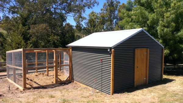 Rear view of colourbond chook house by Yummy Gardens Melbourne